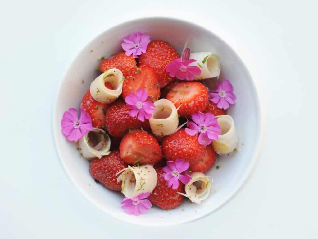 foto aardbei koekoeksbloem